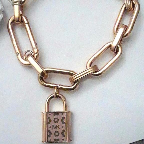 a4f7665a1ea20 MICHAEL KORS CHAIN LINK PINK LOCK CHARM BRACELET
